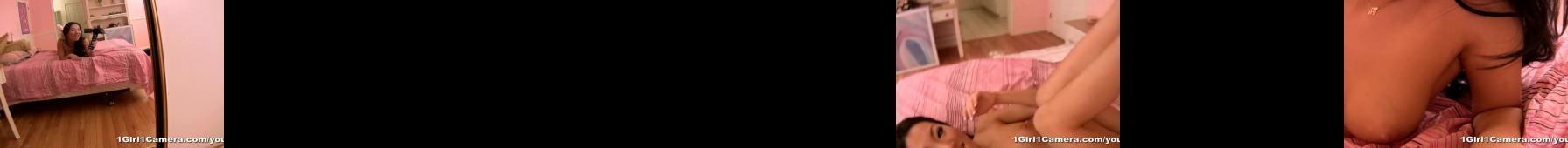 Asa Akira daje pokaz solo