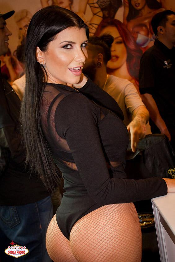 Aktorka porno Romi Rain